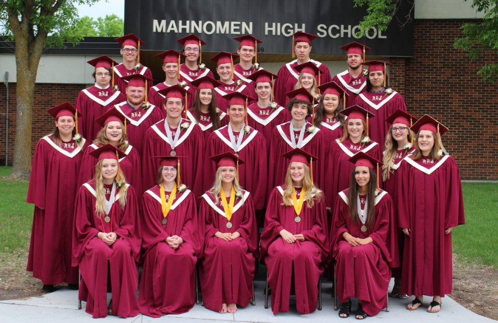 mahnomen class of 2018 cap and gown